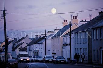 La lune sur un fil. Irlande