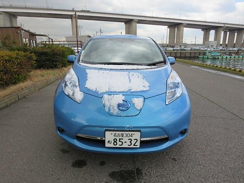 Nissan Leaf AZE0 2012 год