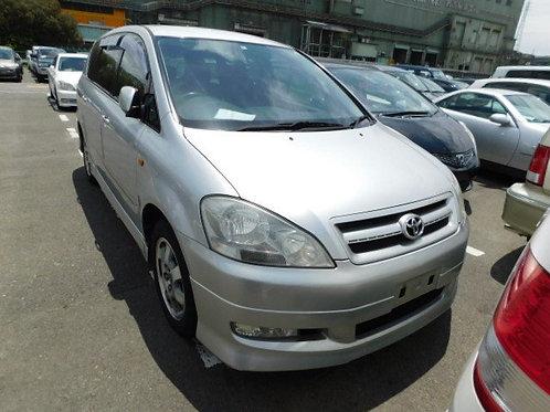 Toyota Ipsum ACM21 2002 год