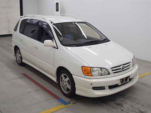 Toyota Ipsum SXM10 1999 год
