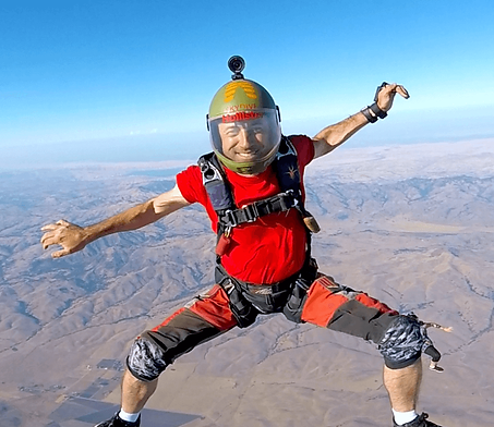 ronaldo-tkotz-skydive-hollister-dzo