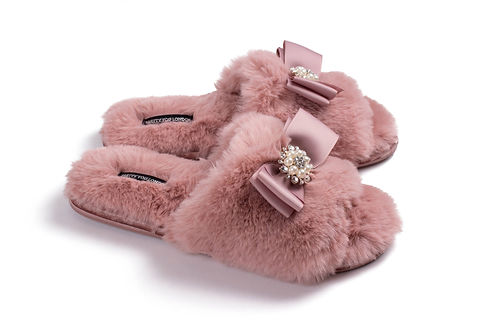 slippers.jpeg