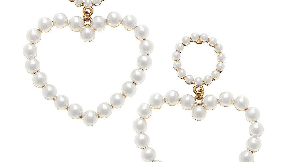 Scarlett Linked Heart Earrings in Ivory Pearl
