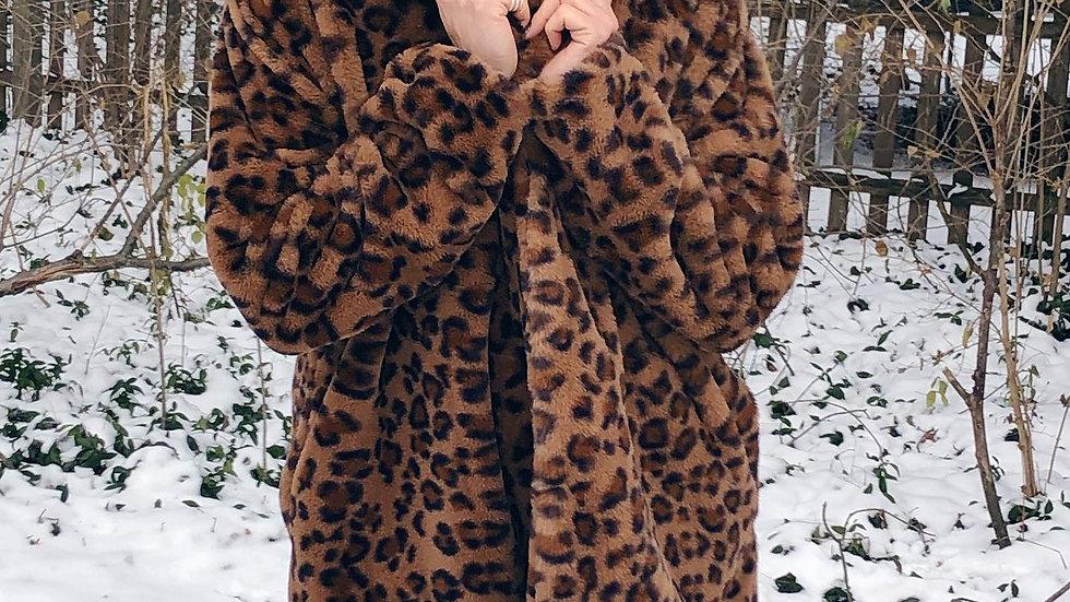 Leopard faux fur jacket /w Side pockets