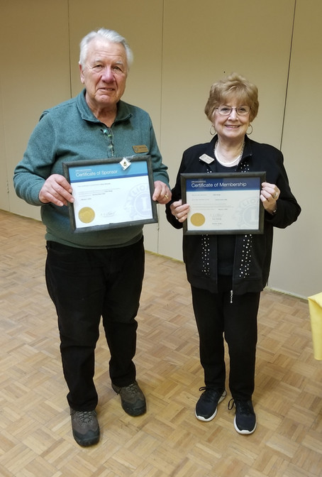 Ellie Rudge Receiving Her Lion Certificate