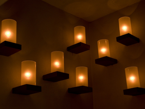BACARO - DYNAMIC CANDLE WALL