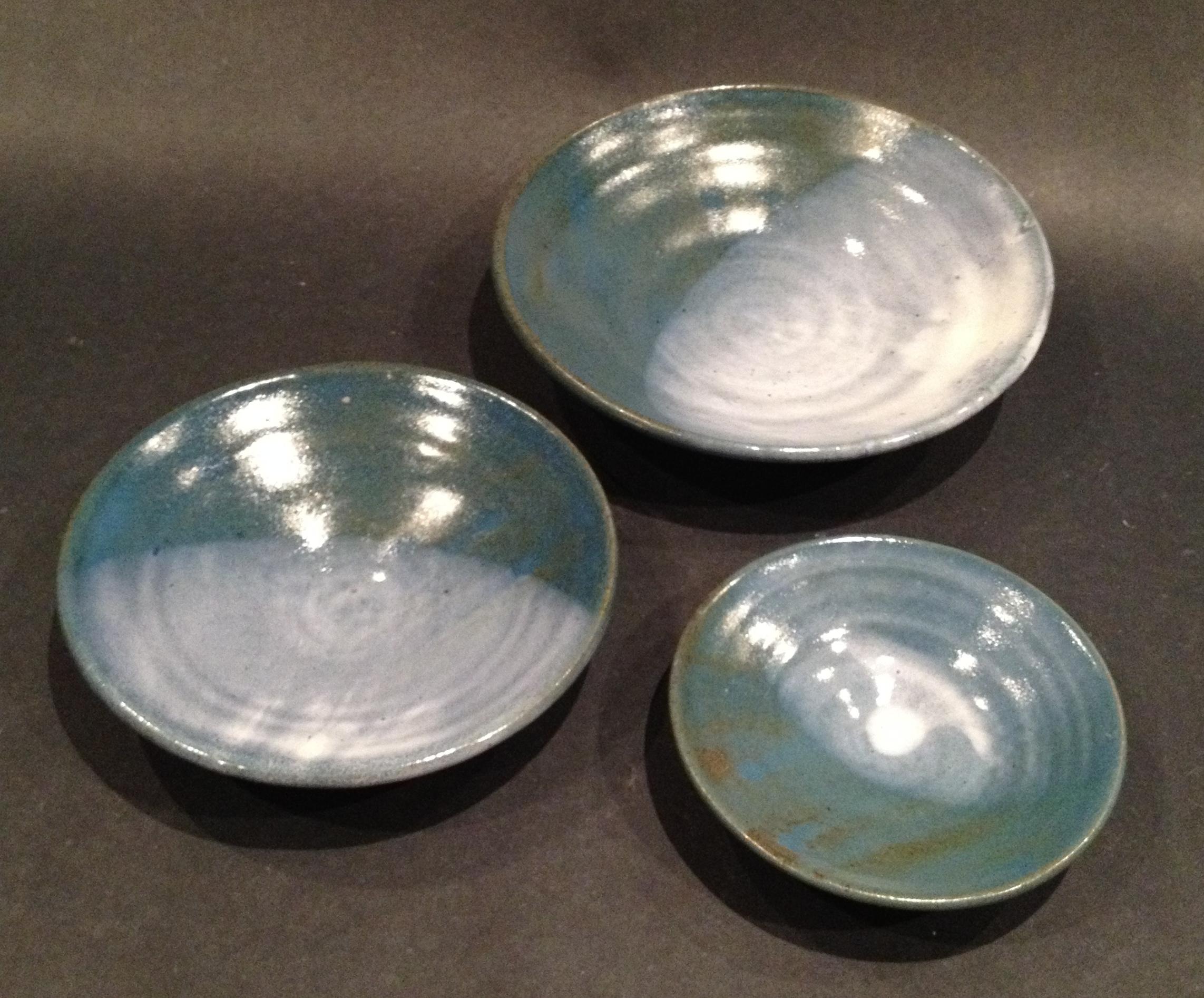Nesting bowls (view 2)
