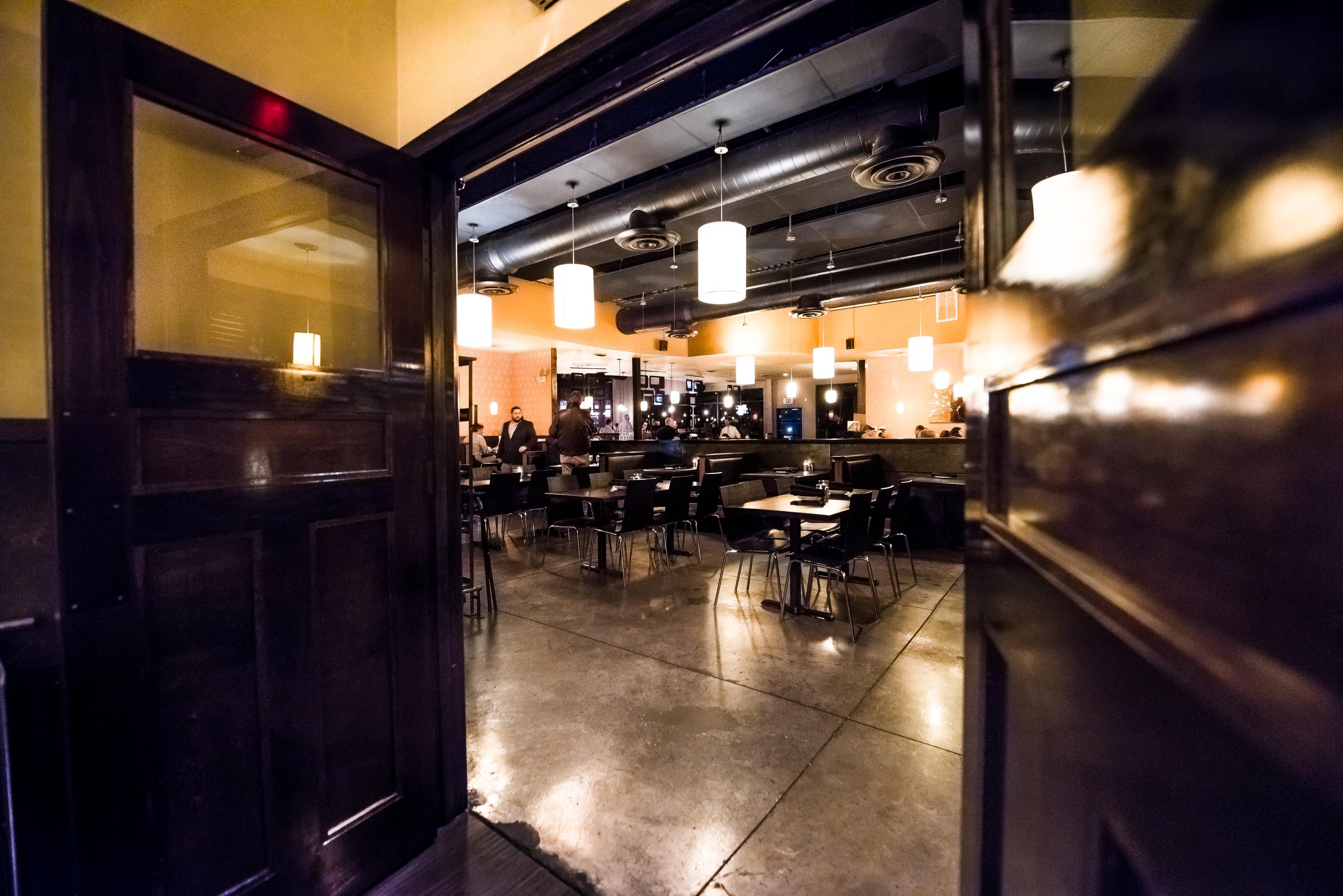 darfon-restaurant-dining-room-1r