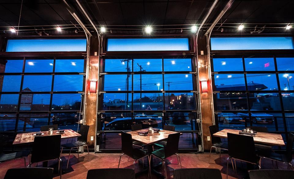 Darfons-Restaurant-Lounge-Garage4