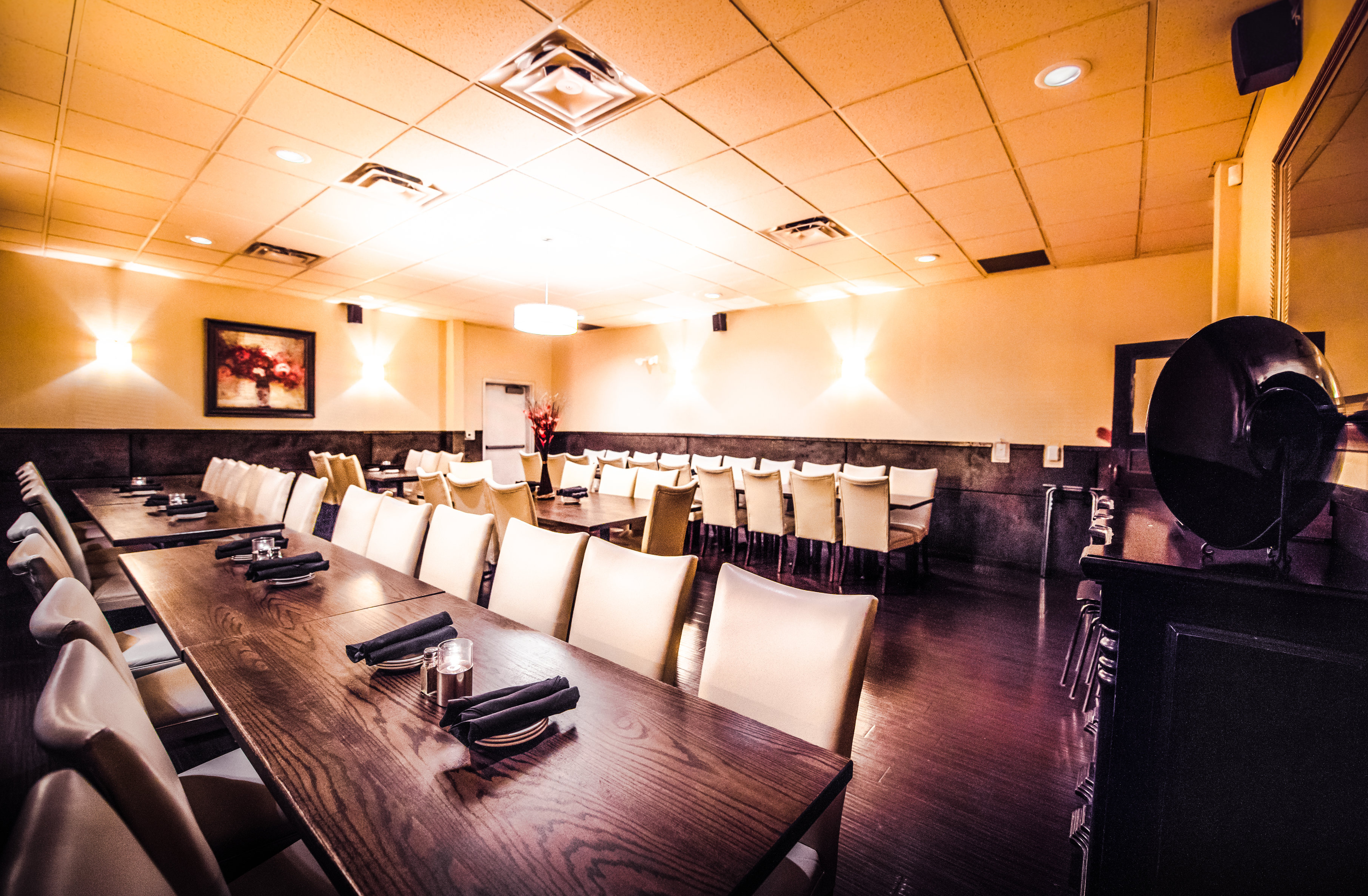 darfons-restaurant-banquet-room-5r