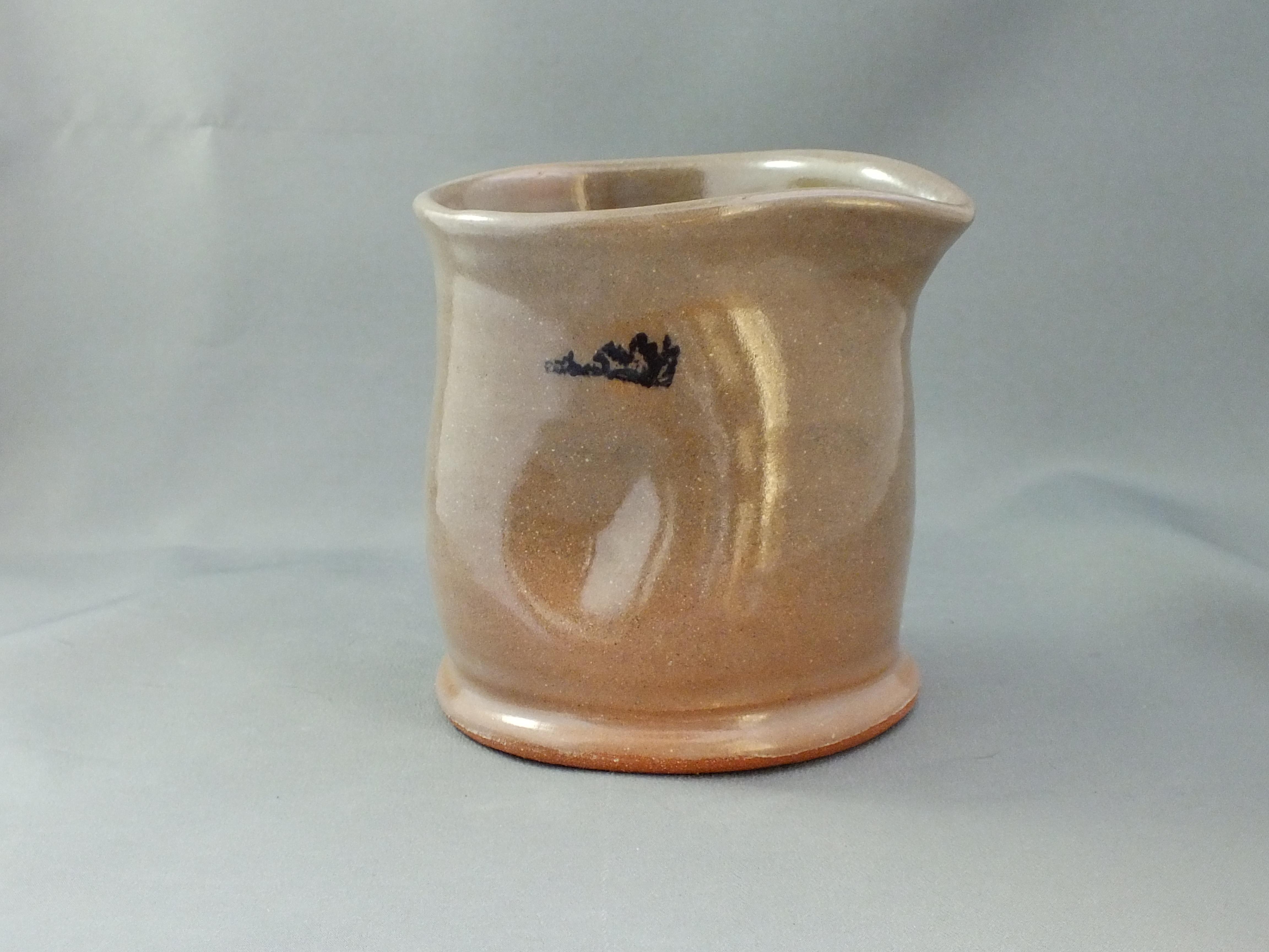 pouring vessel Manitouin