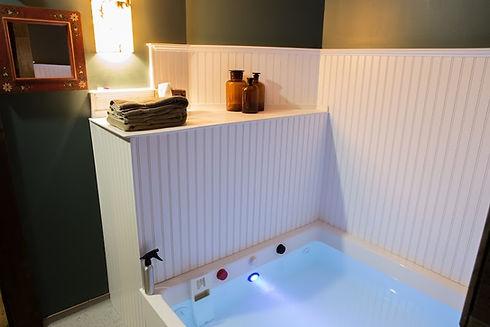 Open Float Room - Tank and shelf.jpg