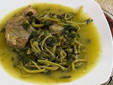 Salsa verde de puerco con verdolagas