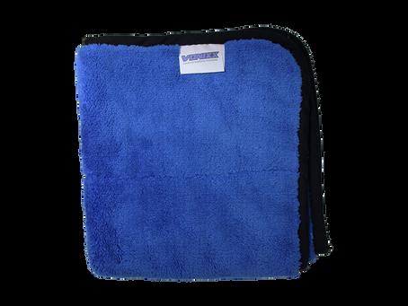 O que é toalha de microfibra? Conheça suas vantagens