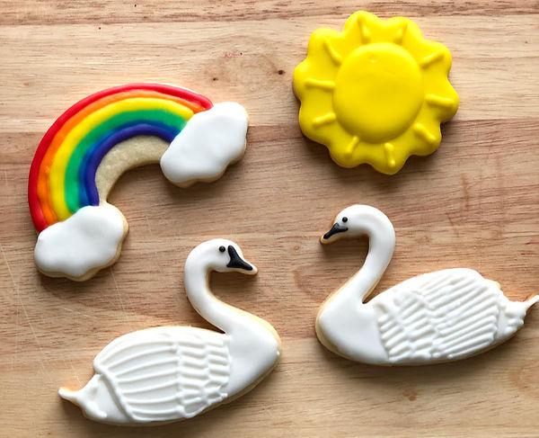 Swan cookies.jpg