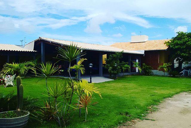 Seu Jardim de Domingo pra Reunir a Familia e no Lolla's Lounge Bar e Restaurante.jpg Rua dos cajueir