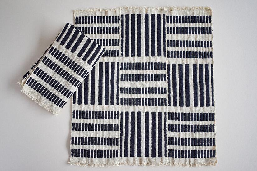 Seri No. 3 Napkins 4 piece set | Charcoal