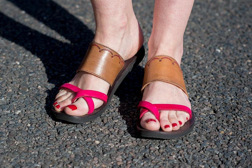 Cross over Toe Strap Sandal