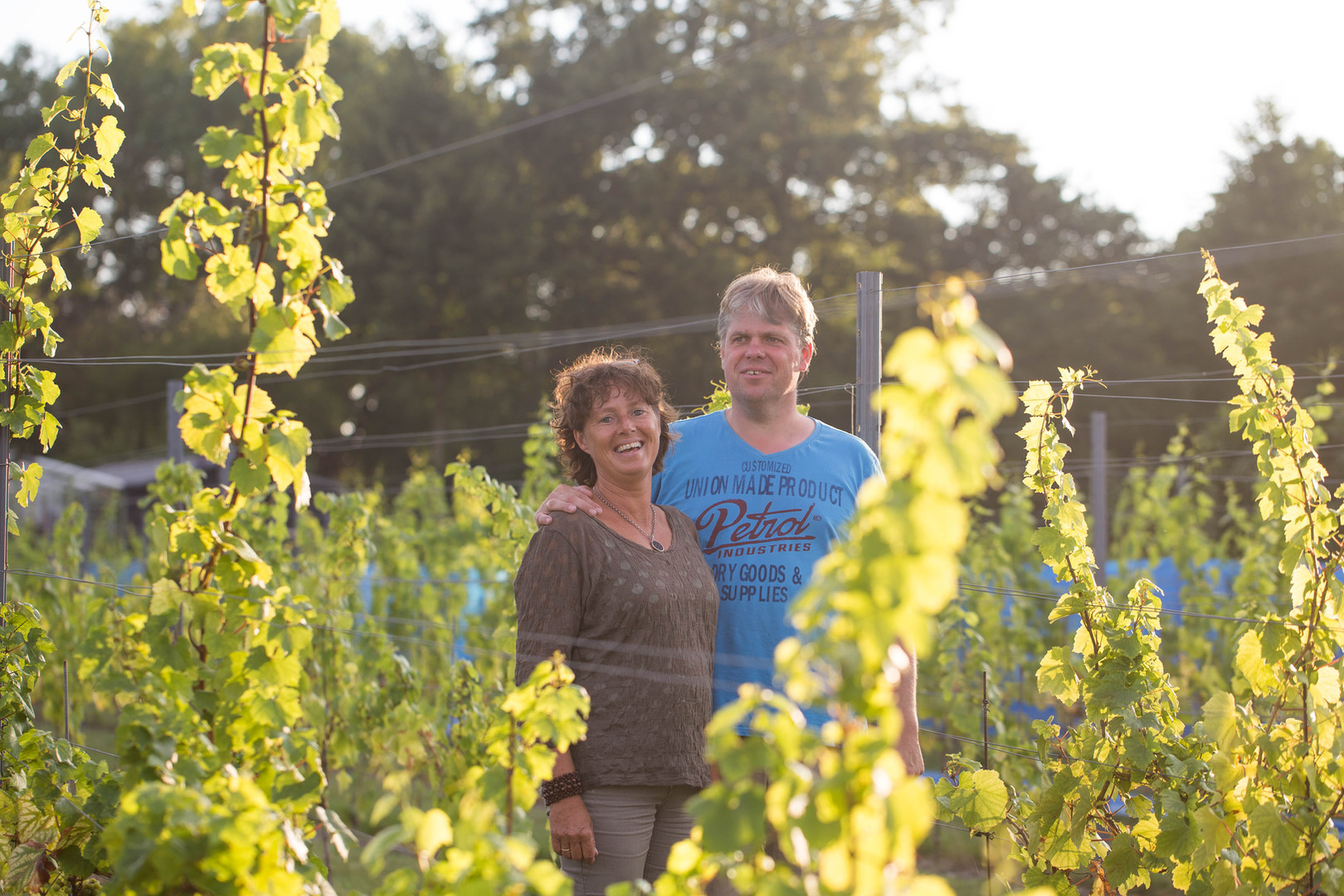 Simon & Anita in de Wijngaard in Oostkapelle