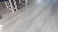 Douwes Dekker laminaatvloer - licht eiken