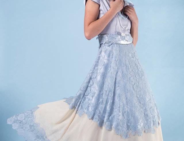 Lace Midi Girl