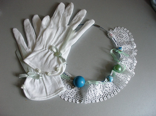 White cotton Retro Gloves
