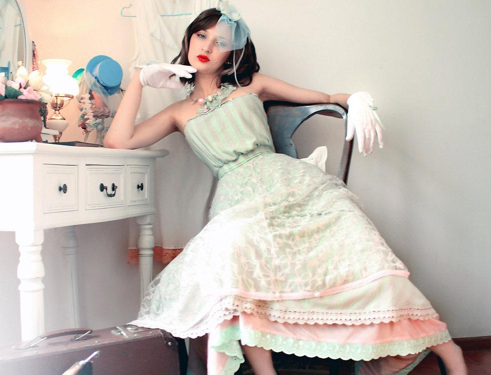 Midi Lace Skirt n Blouse