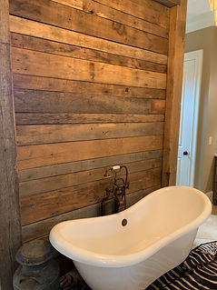 bathroom-accent-wall-chestnut