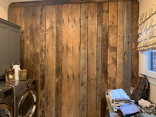 reclaimed-wood-accent-wall-laundry-room
