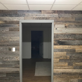 Reclaimed Oak Accent Wall   Home Office