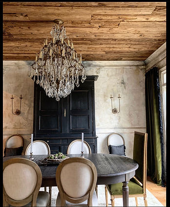 Mushroom-wood-ceiling-dining-room