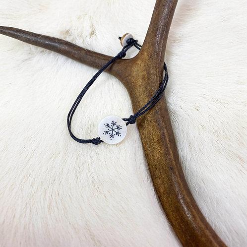 Bracelet with symbol