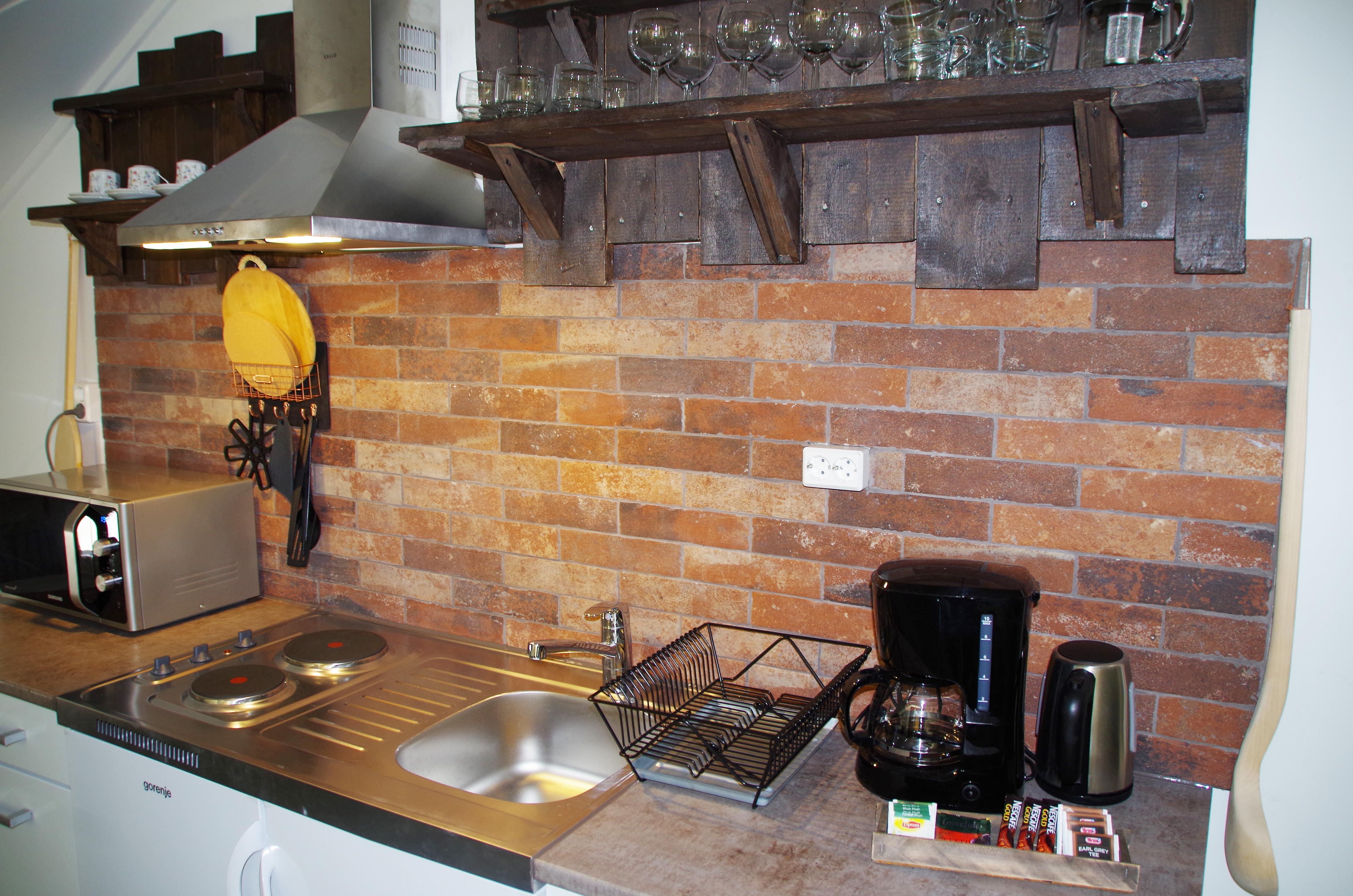 Lauri II Kitchen5