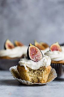 Spice cake with figs.jpg
