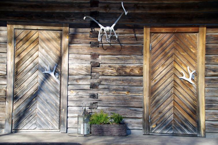 Entrance Lauri 3.jpg