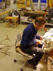 The craftsman on his spot, wonder what he's making | Käsityöläinen pisteellään, mitähän on työn alla