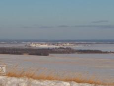 Вид на Свияжск с правого высокого берега реки Свияги