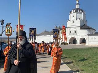 На Антипасху в Свияжске прошел большой Крестный Ход