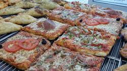 portion pizza Napoli Pizza