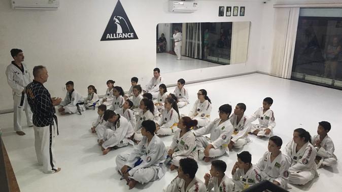 Associação Tchon-Ji e Espaço Alliance Jiu Jitsu Jaguariúna realizam exame de faixa de Taekwondo.
