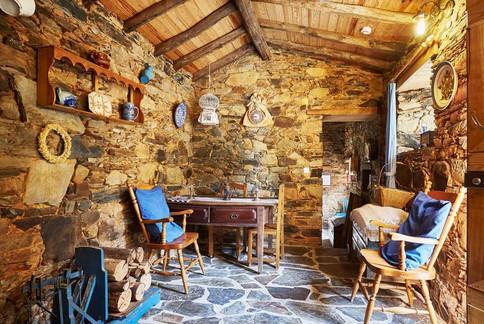 Home_Galeria_SITours_villages03.jpg