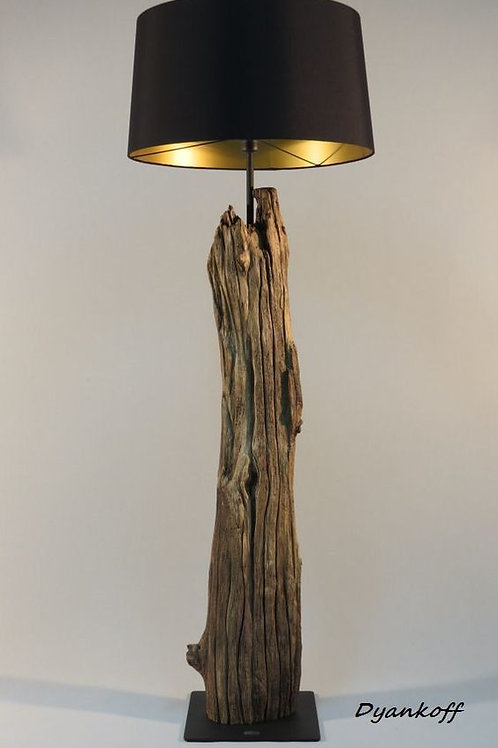 D2- Luminária tronco com cúpula