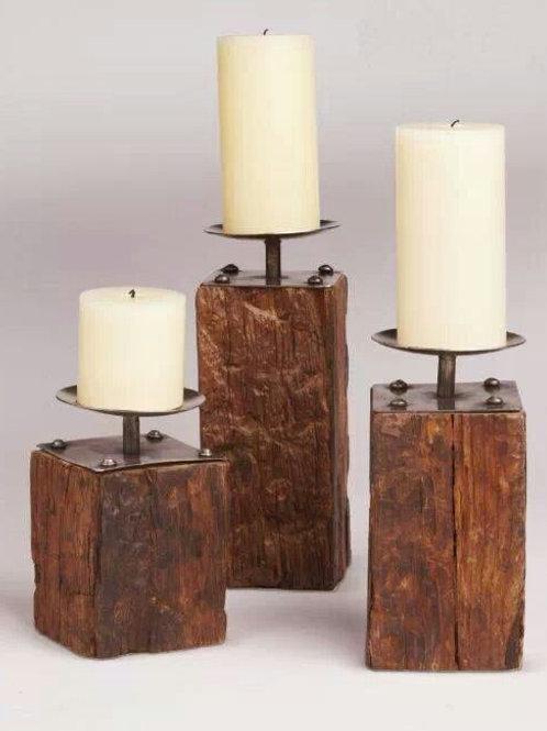 D5- Trio de candelabros fio de ouro