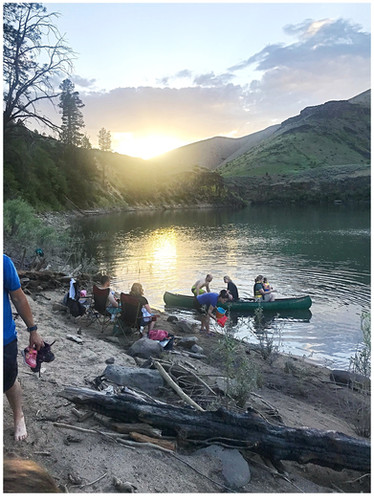 Canoeing, Kayaking and a Picnic in the Boise National Forest | Sunday Family Outing