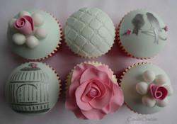 Vanilla Vintage Cupcakes