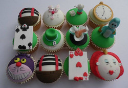 Alice in Wonderland themed Cupcakes (Design based on image supplied)