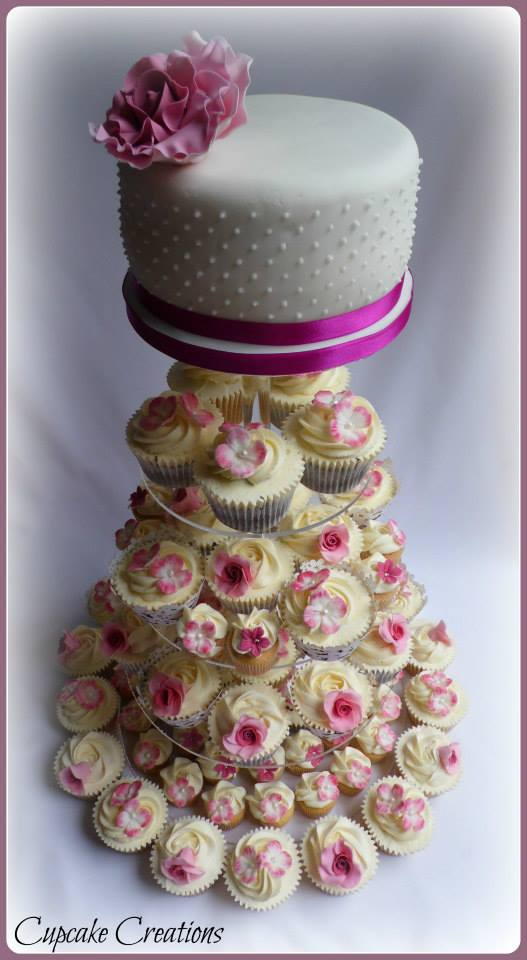 Top Cutting Cakes & Wedding Cupcakes