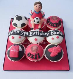 Arsenal themed birthday cupcake board