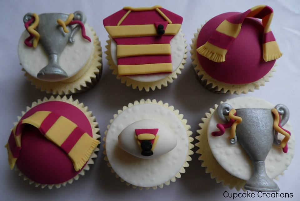 Huddersfield Giants Rugby Cupcakes