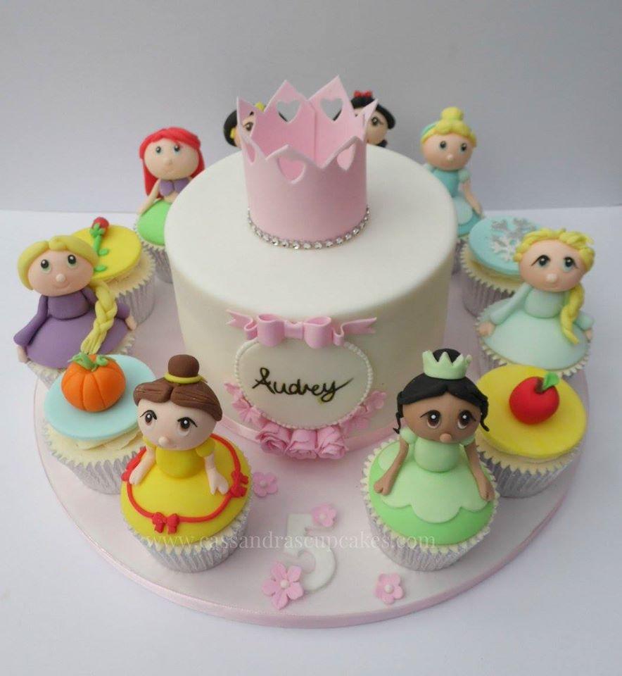 Princess cake and cupcakes